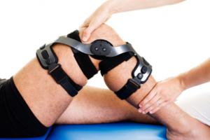 ACL Knee Injury Symptoms, Diagnosis and Treatment Options