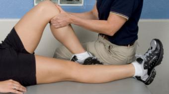 knee therapy istock xsmall